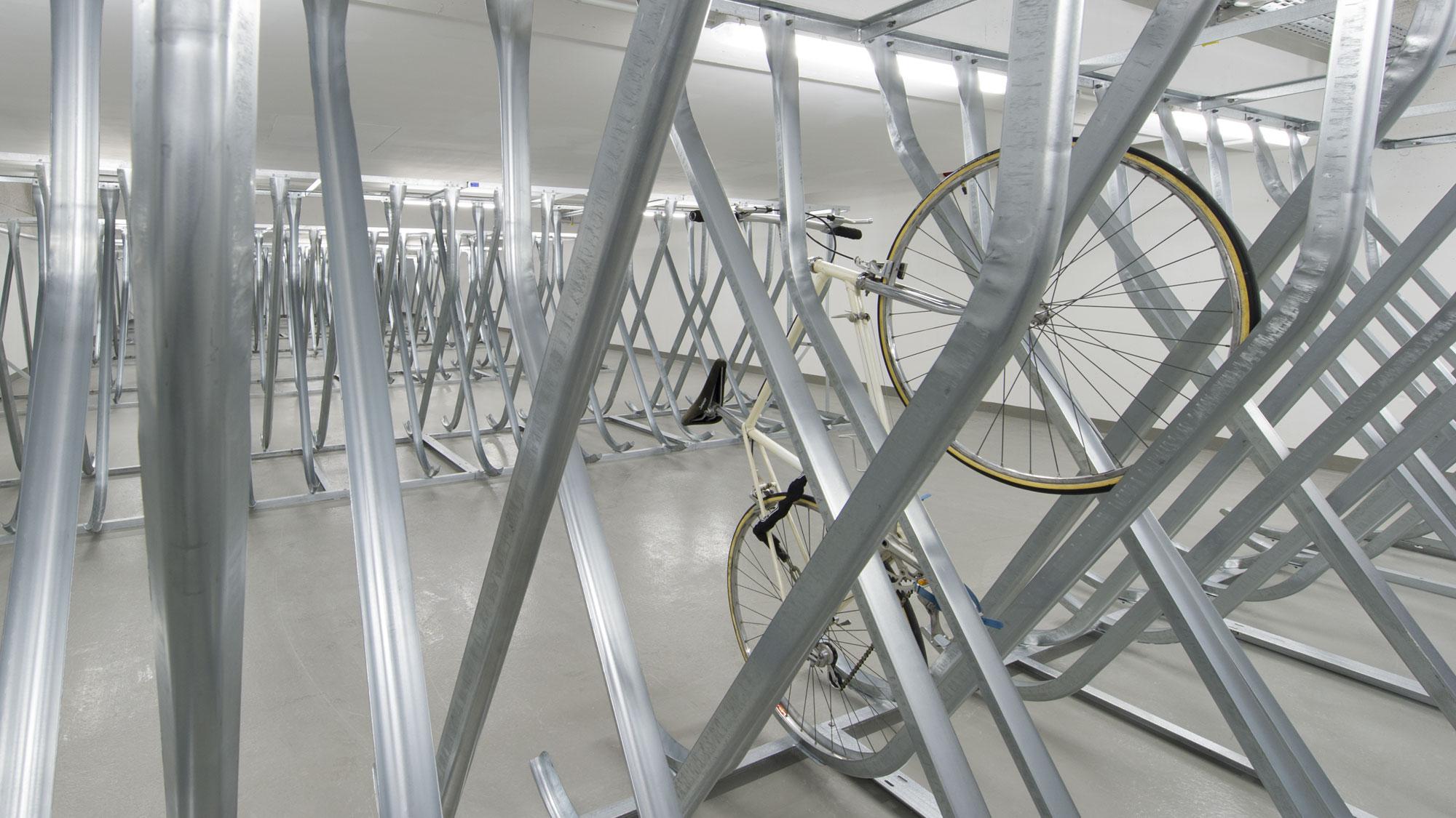 studiosus-4: Fahrradkeller