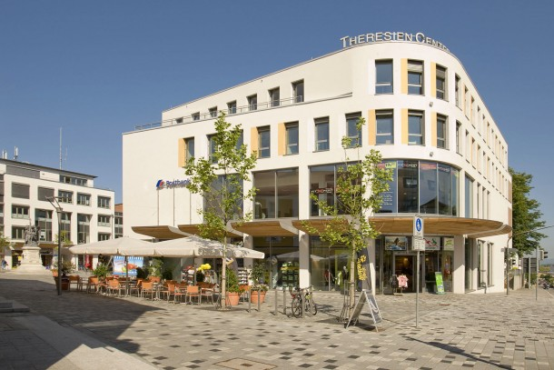 Theresien Center, Straubing